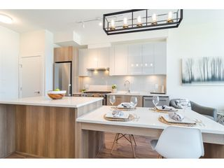 """Photo 6: 2404 258 NELSON'S Court in New Westminster: Sapperton Condo for sale in """"THE COLUMBIA AT BREWERY DISTRICT"""" : MLS®# R2502597"""