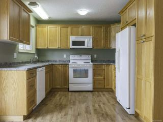 Photo 4: 1446 Dogwood Ave in COMOX: CV Comox (Town of) House for sale (Comox Valley)  : MLS®# 836883