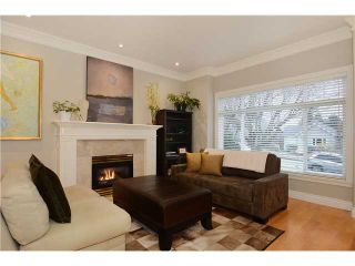 Photo 2: 3951 W 24TH AV in Vancouver: Dunbar House for sale (Vancouver West)  : MLS®# V1006355