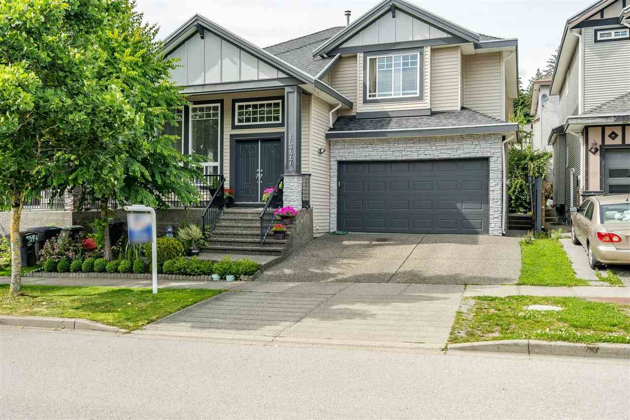 """Main Photo: 14777 67A Avenue in Surrey: East Newton House for sale in """"EAST NEWTON"""" : MLS®# R2472280"""