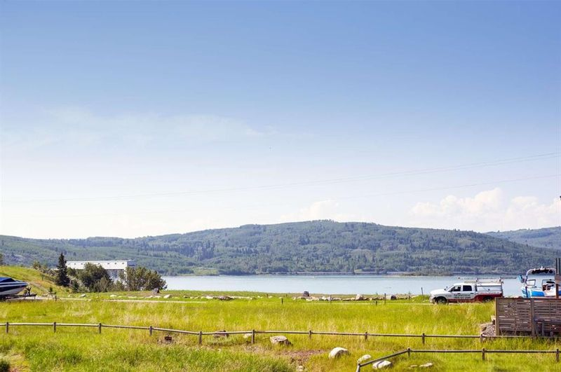 FEATURED LISTING: 423 Cottageclub Cove Rural Rocky View County