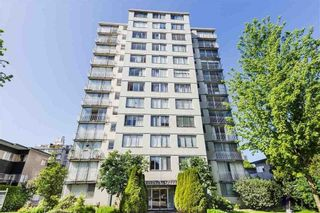 """Photo 1: 706 1250 BURNABY Street in Vancouver: West End VW Condo for sale in """"Horizon"""" (Vancouver West)  : MLS®# R2587984"""