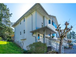 """Photo 2: 69 3087 IMMEL Street in Abbotsford: Central Abbotsford Townhouse for sale in """"CLAYBURN ESTATES"""" : MLS®# R2567392"""