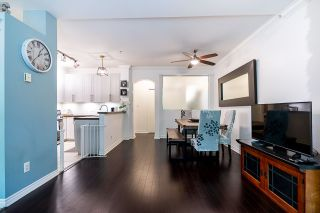 """Photo 9: 2 6878 SOUTHPOINT Drive in Burnaby: South Slope Townhouse for sale in """"Cortina Townhomes"""" (Burnaby South)  : MLS®# R2487318"""