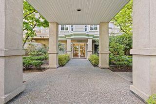 """Photo 2: 426 15268 105 Avenue in Surrey: Guildford Condo for sale in """"Georgian Gardens"""" (North Surrey)  : MLS®# R2621036"""
