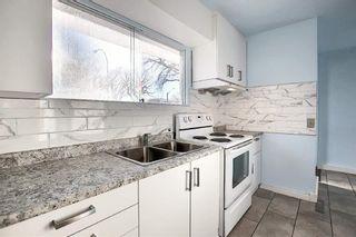 Photo 8: Bungalow for sale north Edmonton - 5020 118 AV NW