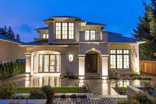 Photo 1: 2458 LAWSON AV in West Vancouver: Dundarave House for sale : MLS®# V1103860