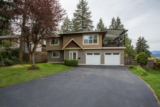 Photo 1: 926 KOMARNO Court in Coquitlam: Chineside House for sale : MLS®# R2584778