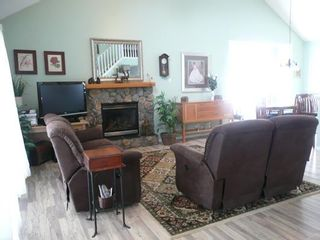 Photo 9: 314 Twin Cities Drive: Longview Residential Detached Single Family for sale : MLS®# C3426477