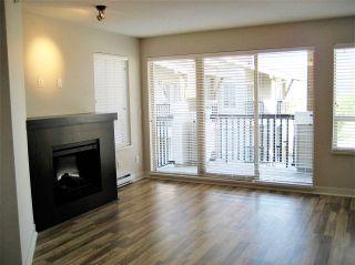 "Photo 2: 403 8915 202 Street in Langley: Walnut Grove Condo for sale in ""HAWTHORNE"" : MLS®# R2441253"