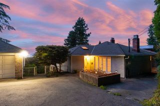 "Photo 11: 301 N HYTHE Avenue in Burnaby: Capitol Hill BN House for sale in ""CAPITOL HILL"" (Burnaby North)  : MLS®# R2531896"