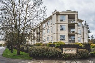 Photo 1: 101-5450-208th Street in Langley: Condo for sale
