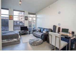 """Photo 3: 213 1 E CORDOVA Street in Vancouver: Downtown VE Condo for sale in """"CARROLL STATION"""" (Vancouver East)  : MLS®# R2587442"""