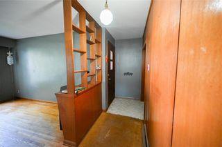 Photo 2: 1428 Mars Drive in Winnipeg: West Fort Garry Residential for sale (1Jw)  : MLS®# 202123443