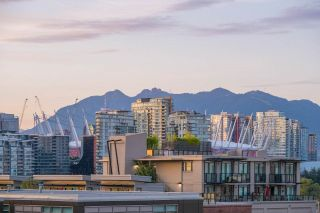 """Photo 22: 404 2055 YUKON Street in Vancouver: False Creek Condo for sale in """"MONTREUX"""" (Vancouver West)  : MLS®# R2537726"""