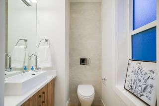 Photo 18: 1930 E 8TH Avenue in Vancouver: Grandview Woodland 1/2 Duplex for sale (Vancouver East)  : MLS®# R2433203