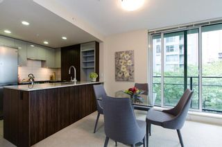 Photo 5: 413 1088 RICHARDS STREET in Vancouver West: Home for sale : MLS®# R2107403