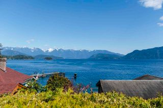 Photo 8: 1229 POINT Road in Gibsons: Gibsons & Area House for sale (Sunshine Coast)  : MLS®# R2572392