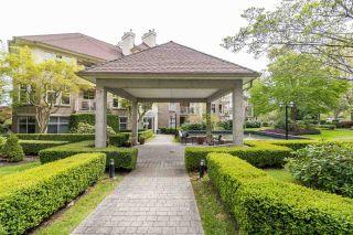 "Photo 18: 402 15350 19A Avenue in Surrey: King George Corridor Condo for sale in ""Stratford Gardens"" (South Surrey White Rock)  : MLS®# R2572893"