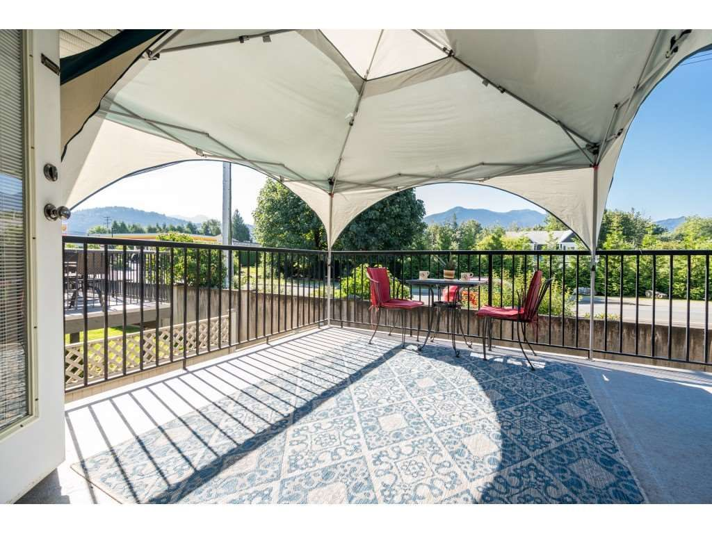 """Photo 20: Photos: 27 6450 BLACKWOOD Lane in Chilliwack: Sardis West Vedder Rd Townhouse for sale in """"The Maples"""" (Sardis)  : MLS®# R2480574"""