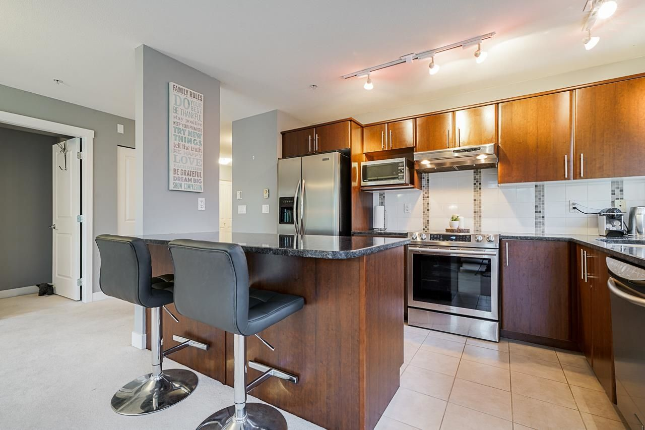 """Main Photo: 203 19366 65 Avenue in Surrey: Clayton Condo for sale in """"Liberty"""" (Cloverdale)  : MLS®# R2624886"""
