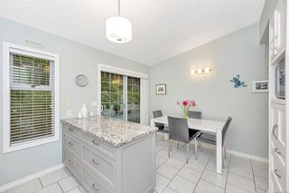 Photo 12: 1670 Barrett Dr in North Saanich: NS Dean Park House for sale : MLS®# 886499