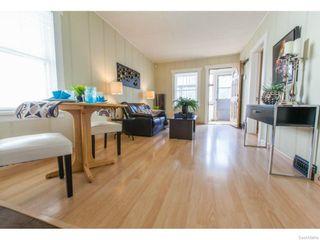 Photo 7: 911 F Avenue North in Saskatoon: Caswell Hill Single Family Dwelling for sale (Saskatoon Area 04)  : MLS®# 604471