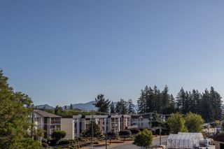 """Photo 28: 411 32044 OLD YALE Road in Abbotsford: Abbotsford West Condo for sale in """"Green Gables"""" : MLS®# R2611024"""