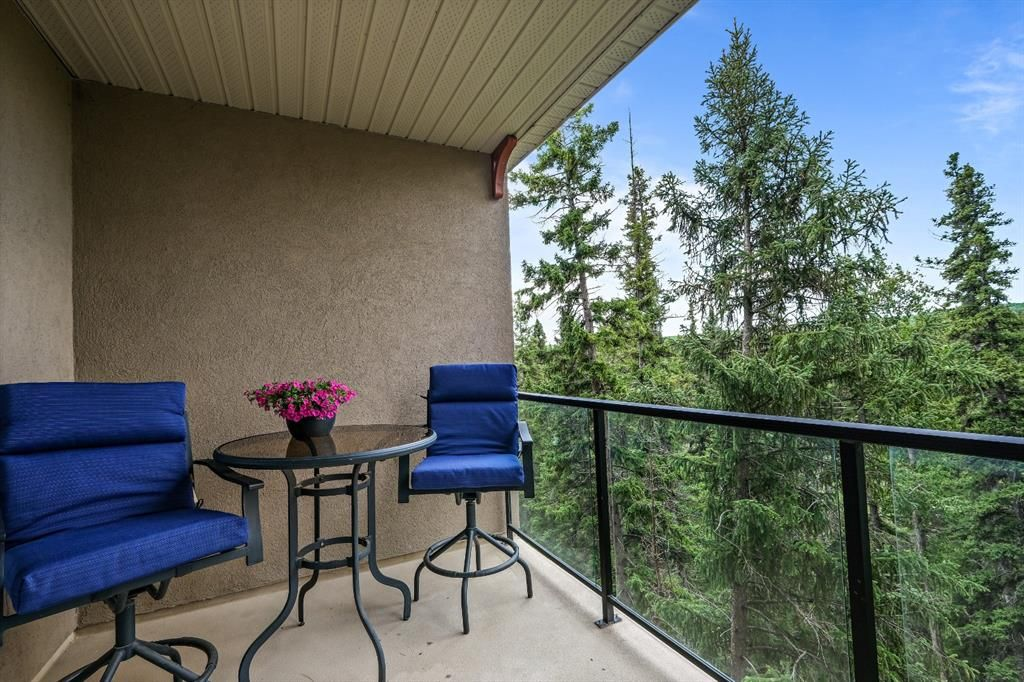 Main Photo: 510 10 Discovery Ridge Close SW in Calgary: Discovery Ridge Apartment for sale : MLS®# A1107585