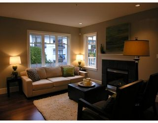 Photo 2: 2838 SPRUCE Street in Vancouver: Fairview VW Townhouse for sale (Vancouver West)  : MLS®# V680147