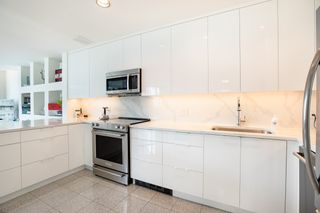 Photo 10: 403 1888 ALBERNI STREET in Vancouver: West End VW Condo for sale (Vancouver West)  : MLS®# R2465754