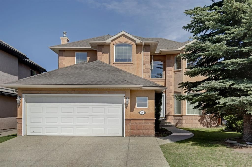 Main Photo: 30 Simcrest Manor SW in Calgary: Signal Hill Detached for sale : MLS®# A1146154