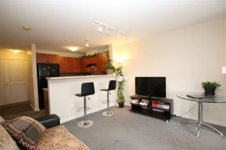 Photo 5: 204 6508 DENBIGH AVENUE in Burnaby: Forest Glen BS Condo for sale (Burnaby South)  : MLS®# R2251433