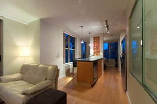 "Photo 13: 2107 989 RICHARDS Street in Vancouver: Downtown VW Condo for sale in ""MONDRIAN"" (Vancouver West)  : MLS®# V846027"
