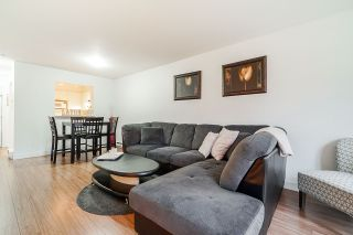 """Photo 10: 332 9979 140 Street in Surrey: Whalley Condo for sale in """"SHERWOOD GREEN"""" (North Surrey)  : MLS®# R2532582"""