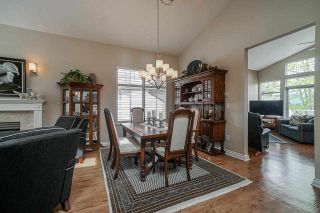 """Photo 9: 25 5221 OAKMOUNT Crescent in Burnaby: Oaklands Townhouse for sale in """"SEASONS BY THE LAKE"""" (Burnaby South)  : MLS®# R2573570"""