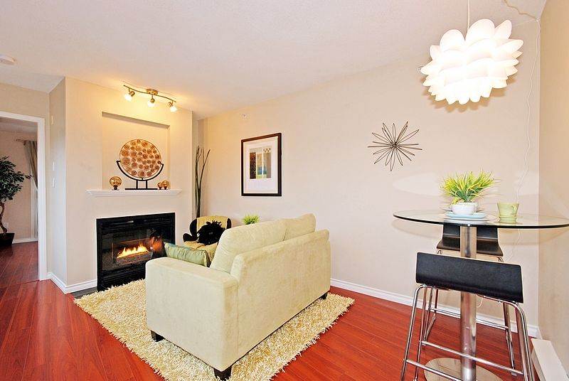 FEATURED LISTING: PH19 - 760 Kingsway Vancovuer