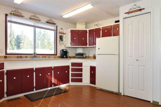 """Photo 9: 139 3665 244 Street in Langley: Otter District Manufactured Home for sale in """"LANGLEY GROVE ESTATES"""" : MLS®# R2433753"""