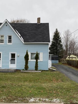 Photo 1: 14 Poole Avenue in Stellarton: 106-New Glasgow, Stellarton Residential for sale (Northern Region)  : MLS®# 202024537
