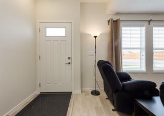 Photo 3: 157 South Point Court SW: Airdrie Row/Townhouse for sale : MLS®# A1111326