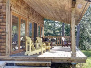 Photo 19: 135 HAIRY ELBOW Road in Seymour: Halfmn Bay Secret Cv Redroofs House for sale (Sunshine Coast)  : MLS®# R2556718