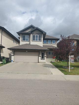 Photo 1: 937 WILDWOOD Way in Edmonton: Zone 30 House for sale : MLS®# E4262376