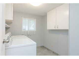 """Photo 17: 79 24330 FRASER Highway in Langley: Otter District Manufactured Home for sale in """"Langley Grove Estates"""" : MLS®# R2390843"""