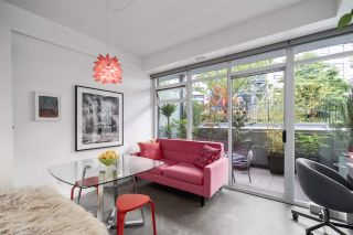Photo 3: 226 256 E 2nd Avenue in Vancouver: Mount Pleasant VE Condo for sale (Vancouver East)  : MLS®# R2466327