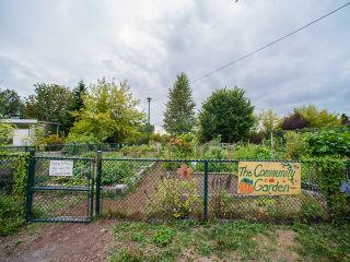 """Photo 12: 204 1481 E 4TH Avenue in Vancouver: Grandview VE Condo for sale in """"Scenic Villa"""" (Vancouver East)  : MLS®# R2015438"""