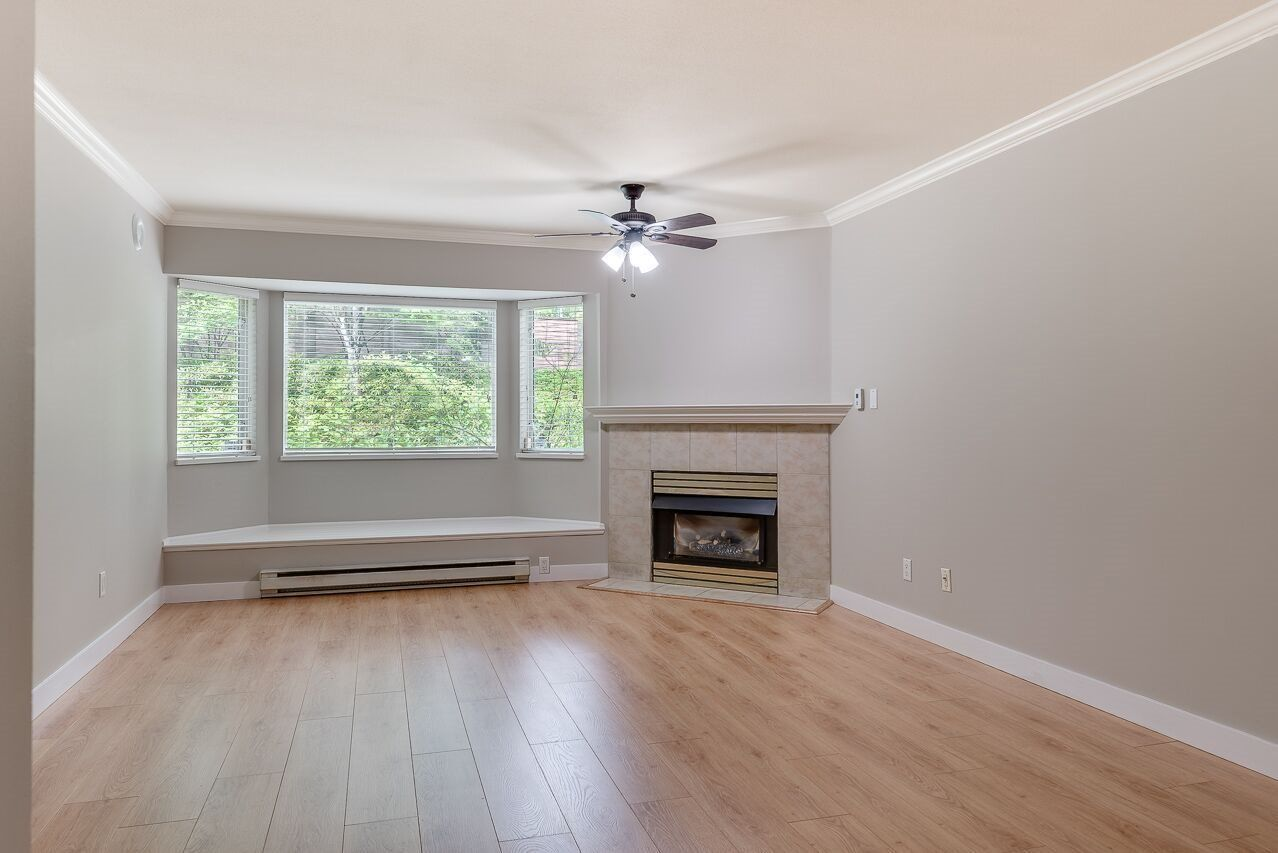 """Photo 4: Photos: 211 3738 NORFOLK Street in Burnaby: Central BN Condo for sale in """"Winchelsea"""" (Burnaby North)  : MLS®# R2276086"""