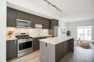 """Photo 13: 69 16678 25 Avenue in White Rock: Grandview Surrey Townhouse for sale in """"FREESTYLE by Dawson +Sawyer"""" (South Surrey White Rock)  : MLS®# R2598061"""