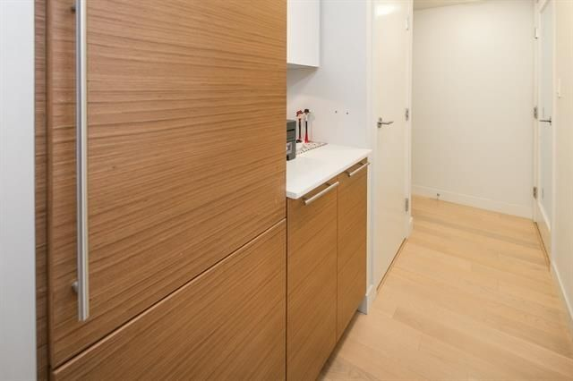 """Photo 9: Photos: 211 1635 W 3RD Avenue in Vancouver: False Creek Condo for sale in """"THE LUMEN"""" (Vancouver West)  : MLS®# R2230902"""