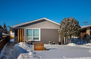 Photo 1: 532 Country Club Boulevard in Winnipeg: Westwood Residential for sale (5G)  : MLS®# 202101583