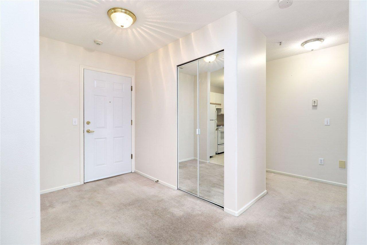 "Photo 11: Photos: 320 27358 32 Avenue in Langley: Aldergrove Langley Condo for sale in ""WillowCreek"" : MLS®# R2250735"